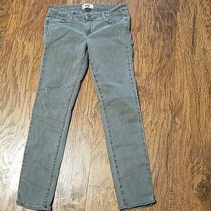 Paige Peg skinny gray jeans size 29 lightly distre